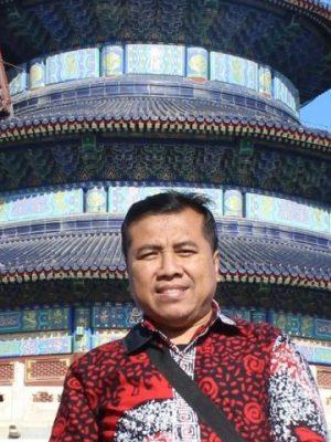 Dr. Surwandono M.Si